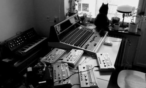 The best TM404 recording session so far.